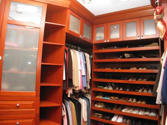 Mellors Closet 2